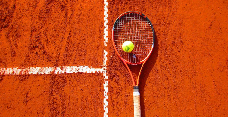 Welke soorten tennisbanen zijn er?