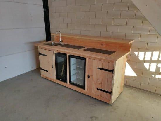 Buitenkeuken maken